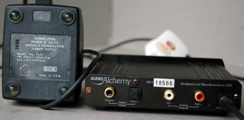 audio_alchemy_dacinbox_rear.jpg