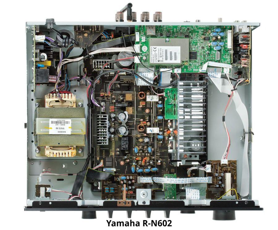 Yamaha R-N602.jpg