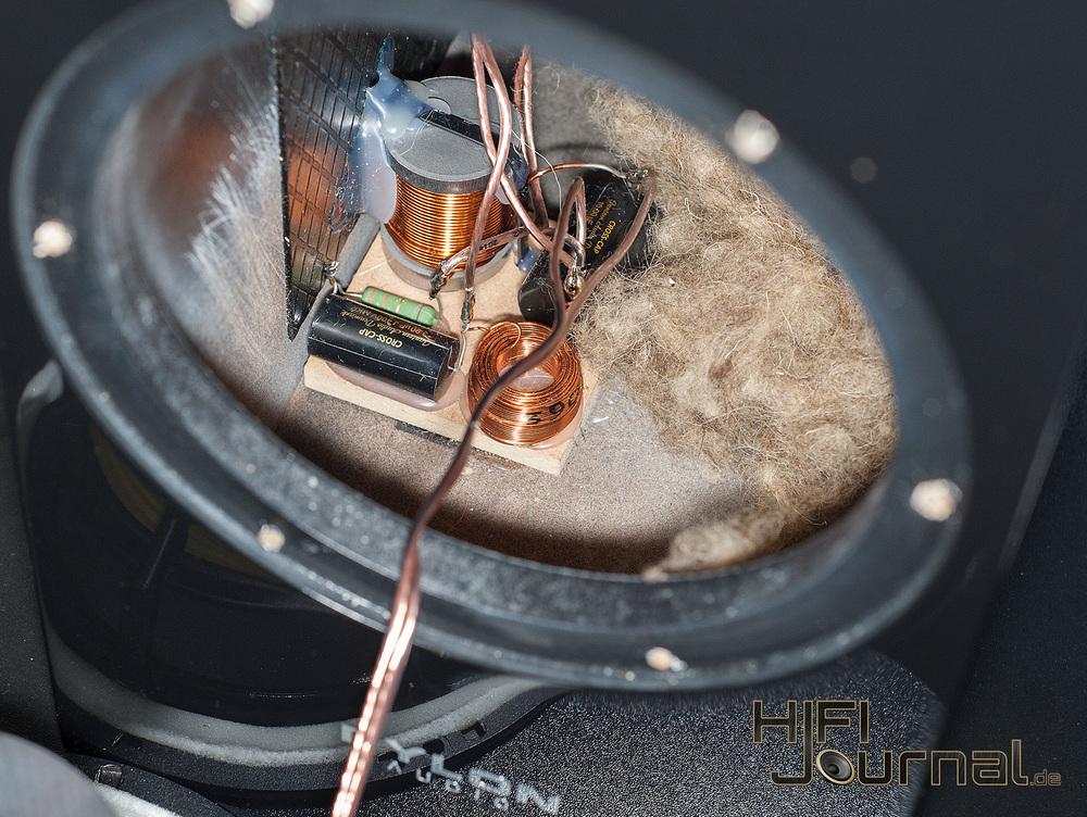 pylon-audio-diamond-monitor-14.jpg