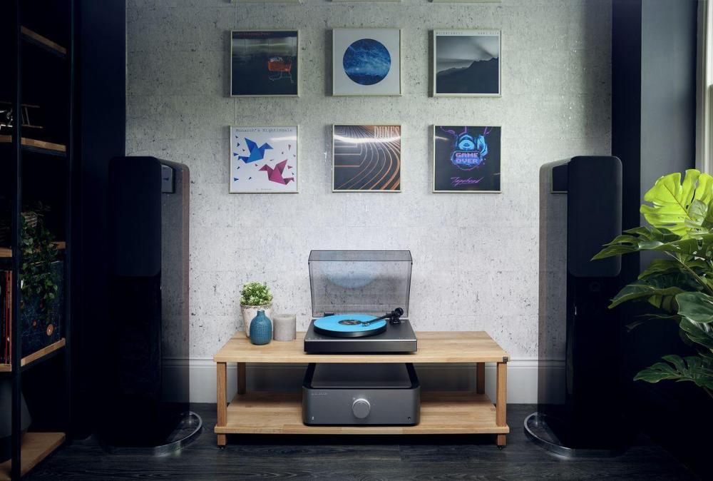 53979-gramofon-z-napedem-bezposrednim-cambridge-audio-alva-tt-audiocompl-fot4.thumb.jpg.1785121e21e1c707e4f91ef657413bb7.jpg