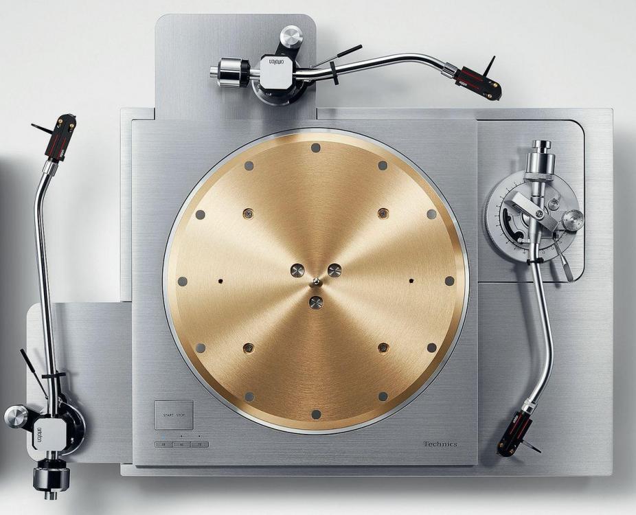 gramofon-technics-sl-1000r-audiocompl-fot1.thumb.jpg.0fce26768d53e0fab0745bf5731dafc3.jpg