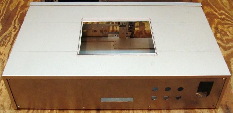 6) Wewnętrzny panel górny zasilacza - wycinanie.JPG