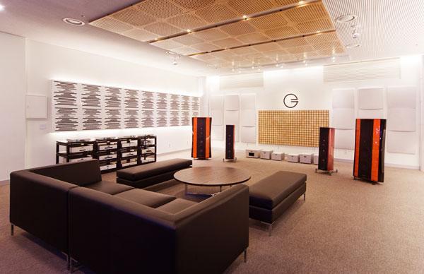 Goldmund-Room2.jpg.467c94a4ee8f03e83da2739f117ac9da.jpg