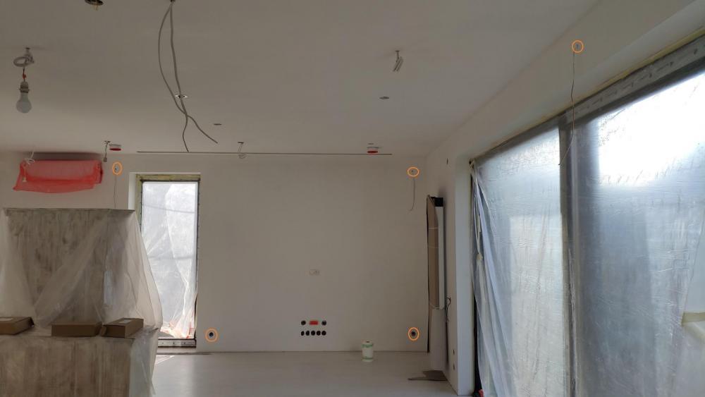 salon (Large).jpg