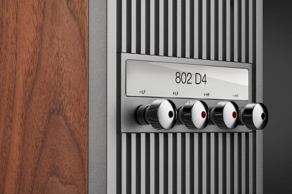bowers-and-wilkins-802-d4-audiocompl-fot1.thumb.jpg.3b143ee22ca717e0b57cb88121539a2a.jpg