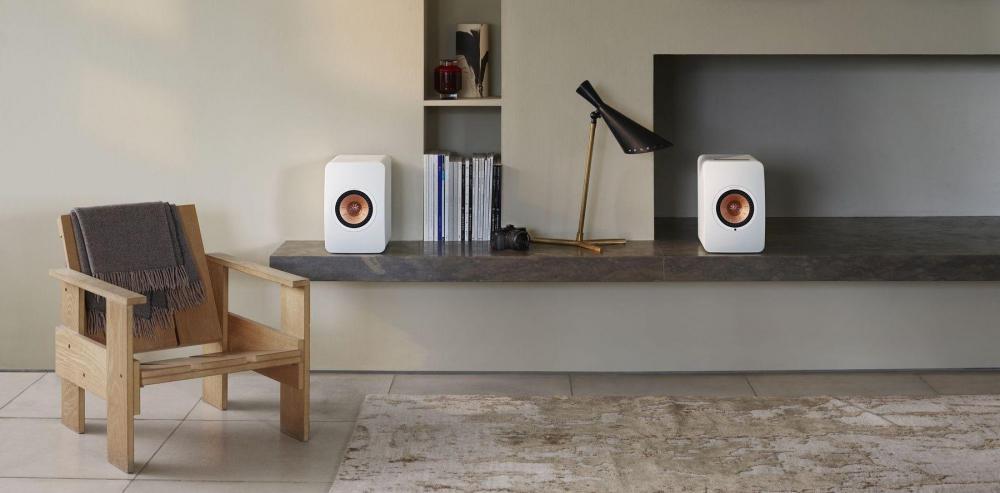 kef-ls50-wireless-audiocompl-fot14.thumb.jpg.c9f99090d94c32ef59132f29de7839f1.jpg